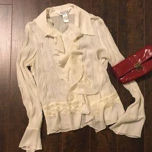 Flowy and feminine blouse